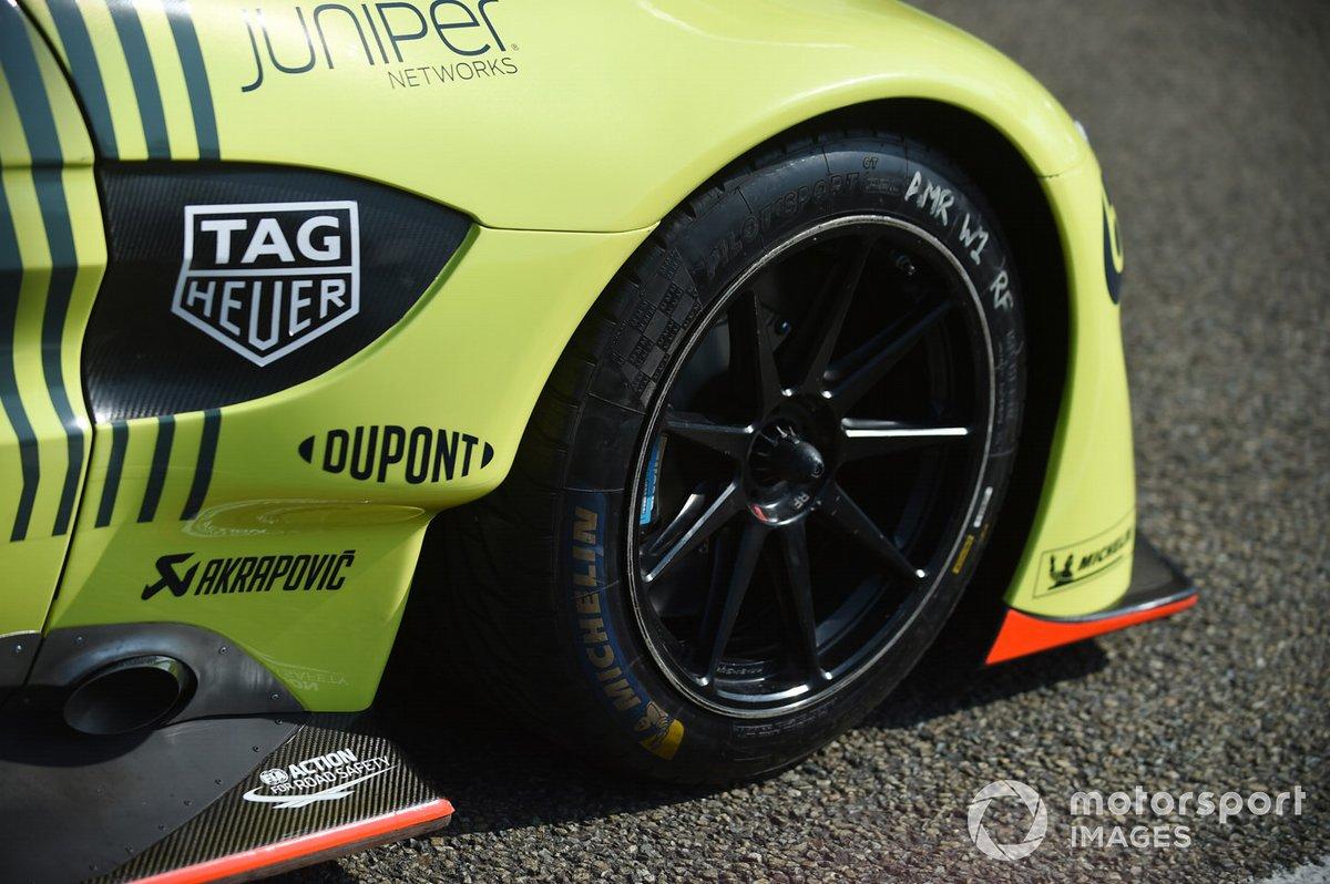 #98 Aston Martin Racing Aston Martin Vantage, detail