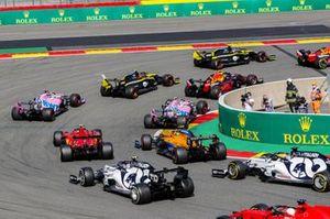 Daniel Ricciardo, Renault F1 Team R.S.20, Alex Albon, Red Bull Racing RB16, and Esteban Ocon, Renault F1 Team R.S.20