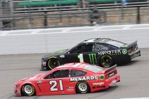 Matt DiBenedetto, Wood Brothers Racing, Ford Mustang Menards/Wrangler Kurt Busch, Chip Ganassi Racing, Chevrolet Camaro Monster Energy