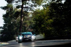 #99 Dempsey-Proton Racing - Porsche 911 RSR: Vutthikorn Inthraphuvasak, Lucas Légeret, Julien Piguet