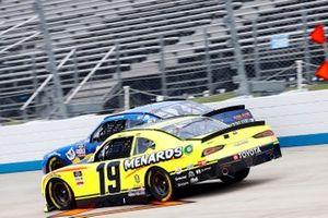 Brandon Jones, Joe Gibbs Racing, Toyota Supra Menards/Pelonis, Justin Allgaier, JR Motorsports, Chevrolet Camaro FFA