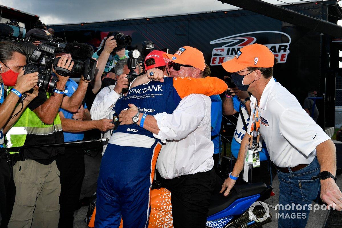 Campeón Scott Dixon, Chip Ganassi Racing Honda y Chip Ganassi