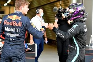 Max Verstappen, Red Bull Racing, congratulates Lewis Hamilton, Mercedes-AMG F1, on securing pole in Parc Ferme