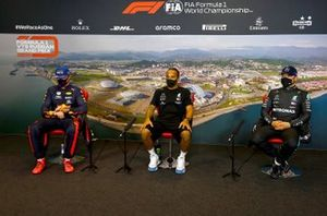 Max Verstappen, Red Bull Racing, Lewis Hamilton, Mercedes-AMG F1 and Valtteri Bottas, Mercedes-AMG F1, in the post-qualifying press conference
