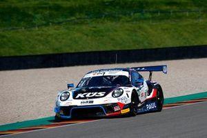 #74 Ku?s Team Bernhard Porsche 911 GT3 R: Joel Eriksson, Dylan Pereira
