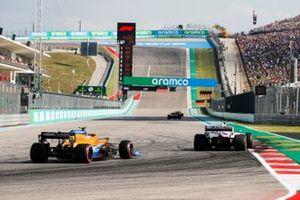 Mick Schumacher, Haas VF-21, Lando Norris, McLaren MCL35M