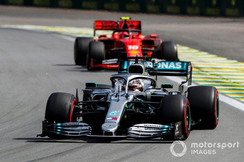 Lewis Hamilton, Mercedes AMG F1 W10 e Charles Leclerc, Ferrari SF90