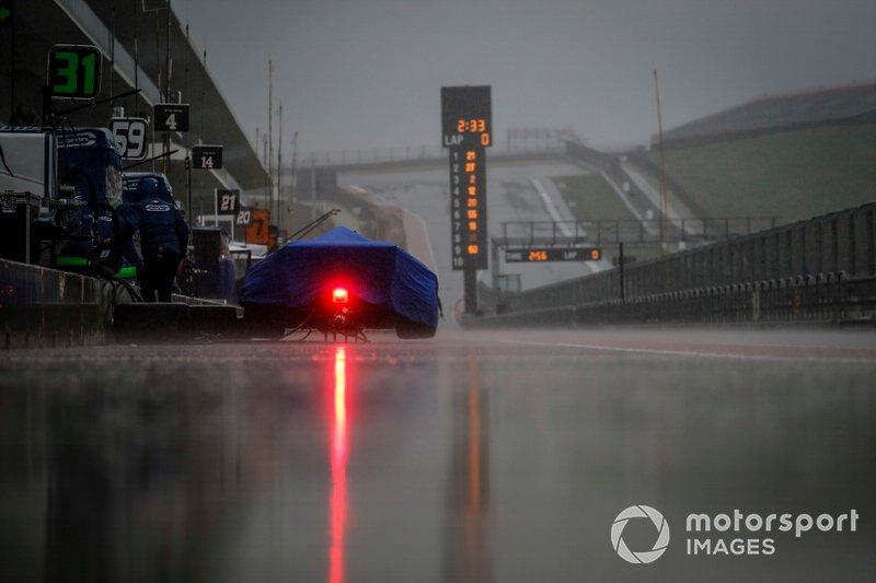Max Chilton, Carlin Chevrolet Chevrolet, rain