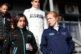 Jamie Chadwick, Rookie Test Driver for Panasonic Jaguar Racing, Alice Powell, Rookie Test Driver for Envision Virgin Racing