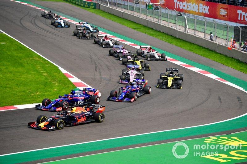 Max Verstappen, Red Bull Racing RB15, Daniil Kvyat, Toro Rosso STR14, Pierre Gasly, Toro Rosso STR14, Daniel Ricciardo, Renault R.S.19