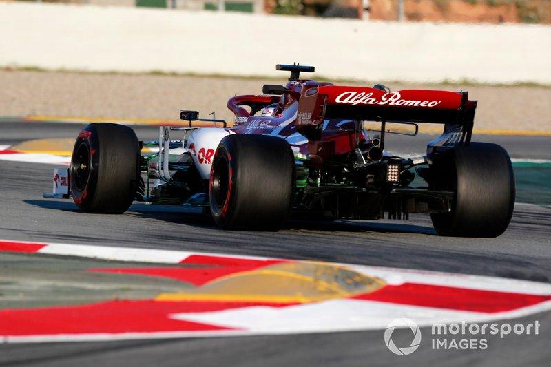 15º Kimi Raikkonen, Alfa Romeo Racing C39: 1:17.091 (con neumáticos C5 en la semana 1)