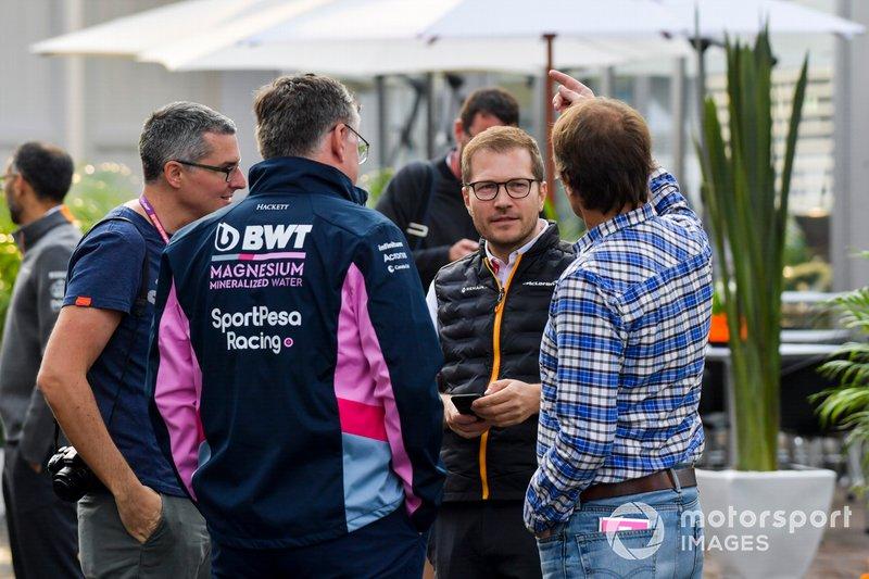 Руководитель McLaren Андреас Зайдль и босс Racing Point F1 Team Отмар Сафнауэр