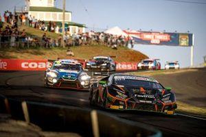 Андреа Кальдарелли, Марко Мапелли и Деннис Линд, Orange 1 FFF Racing Team, Lamborghini Hurracan GT3 (№62)