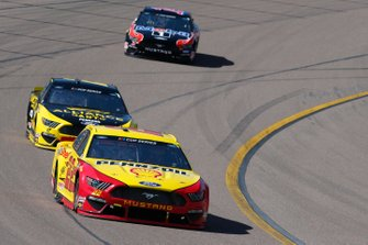 Joey Logano, Team Penske, Ford Mustang Shell Pennzoil Brad Keselowski, Team Penske, Ford Mustang Alliance Parts