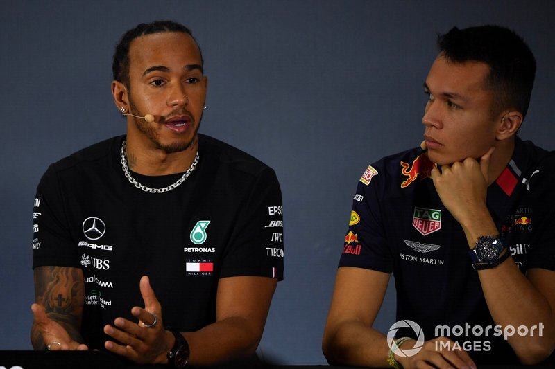 Lewis Hamilton, Mercedes AMG F1 and Alex Albon, Red Bull Racing in the Press Conference