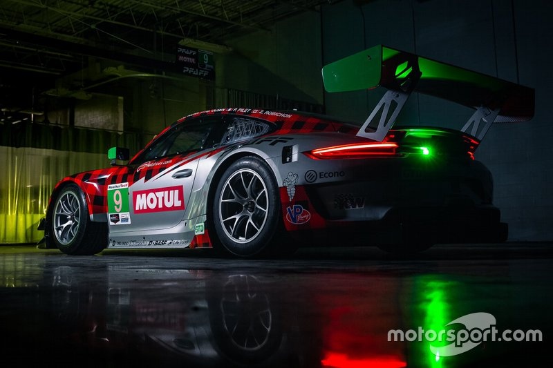 #9 Pfaff Motorsports Porsche 911 GT3 R: Patrick Pilet, Zacharie Robichon, Dennis Olsen, Lars Kern 