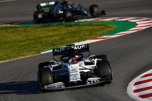 Daniil Kvyat, AlphaTauri AT01, leads Valtteri Bottas, Mercedes F1 W11 EQ Power+