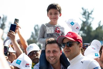Felipe Massa, Venturi poses for a photograph with fans