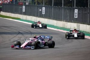 Lance Stroll, Racing Point RP19, Antonio Giovinazzi, Alfa Romeo Racing C38, y Kimi Raikkonen, Alfa Romeo Racing C38