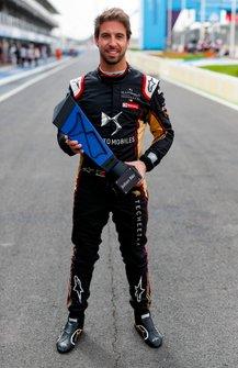 Antonio Felix da Costa, DS Techeetah, con il premio della pole position