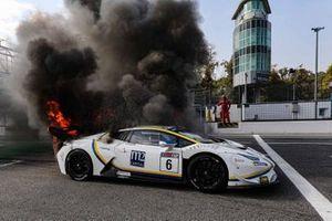 Ханс-Петер Коллер, Эдоардо Либерати, Vincenzo Sospiri Racing, Lamborghini Huracan Super Trofeo Evo (# 6)