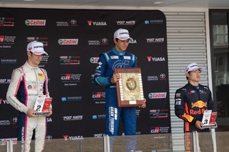 Podium course 3, Gregoire Saucy, Giles Motorsport ; Igor Fraga, M2 Competition ; Yuki Tsunoda, M2 Competition