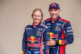 #308 Stephane Peterhansel, Andreea Mayer, MINI X-Raid