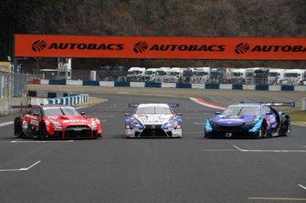 Nissan GT-R, Lexus LC500 и Honda NSX-GT