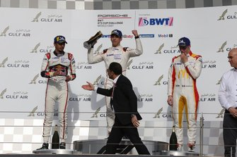 Podyum: Yarış galibi Berkay Besler, Toksport WRT, Porsche 911 GT3