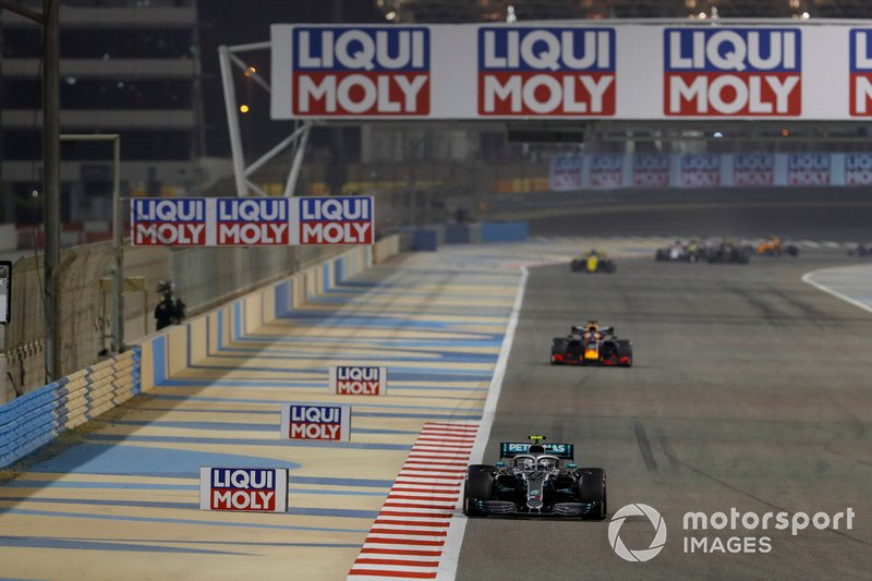 Валттері Боттас, Mercedes AMG F1 W10, Макс Ферстаппен, Red Bull Racing RB15