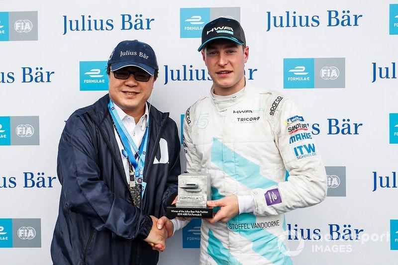 Stoffel Vandoorne, de HWA Racelab, logró la pole en el ePrix de Hong Kong