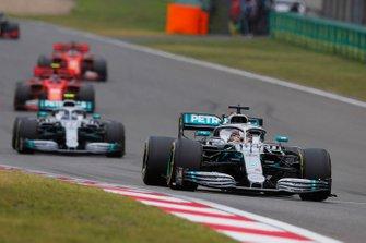 Lewis Hamilton, Mercedes AMG F1 W10, Valtteri Bottas, Mercedes AMG W10, Charles Leclerc, Ferrari SF90