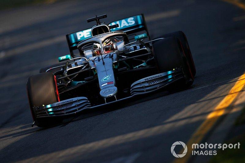 1. Льюис Хэмилтон, Mercedes AMG F1 W10, 1:20.486