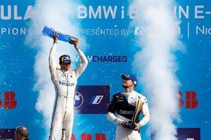 Championship podium: Champion Nyck de Vries, Mercedes-Benz EQ, third place Jake Dennis, BMW i Andretti Motorsport