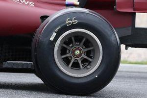 Ferrari SF21 rear rim detail