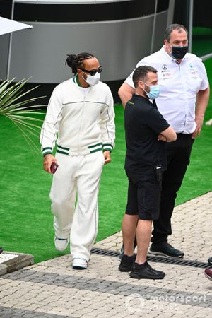 Lewis Hamilton, Mercedes arriving at circuit