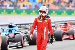 Charles Leclerc, Ferrari, in Parc Ferme na de kwalificatie