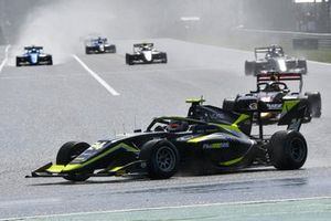 Kaylen Frederick, Carlin Buzz Racing