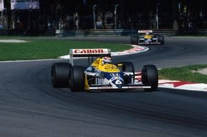 Nelson Piquet, Williams FW11B lidera a Nigel Mansell, Williams FW11B