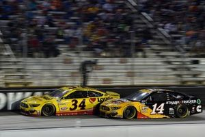 Michael McDowell, Front Row Motorsports, Ford Mustang Love's Travel Stops, Chase Briscoe, Stewart-Haas Racing, Ford Mustang Rush Truck Centers/Cummins