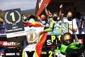 Supersport-300-Weltmeister 2021: Adrian Huertas, MTM Kawasaki