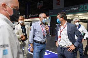 Nico Rosberg, Stefano Domenicali, Jamie Reigle