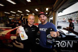 Felix Rosenqvist, Arrow McLaren SP Chevrolet, Austin Dillon, Richard Childress Racing, Chevrolet Camaro Dow MobilityScience