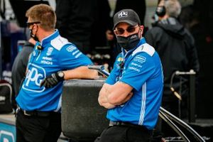 Scott McLaughlin, Team Penske Chevrolet crew members