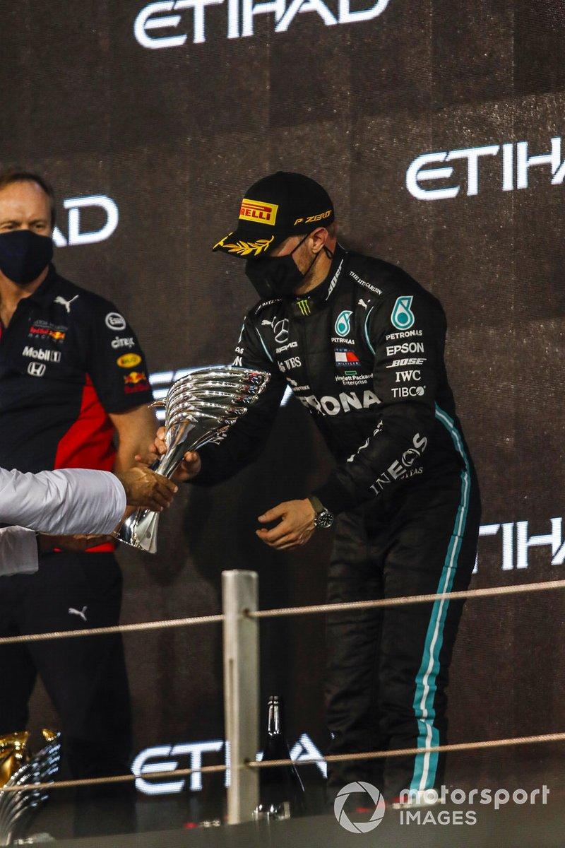 Podio: segundo lugar Valtteri Bottas, Mercedes-AMG F1