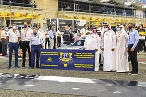 Jean Todt, President, FIA, and dignitaries on the grid prior to the start