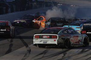 Crash, Brad Keselowski, Team Penske Ford, Kyle Busch, Joe Gibbs Racing Toyota, Justin Haley, Spire Motorsports, Chevrolet