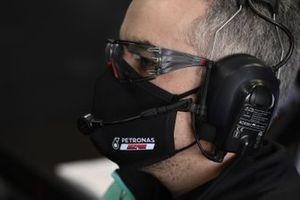 Un membro del team Petronas Yamaha SRT