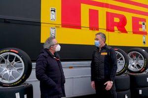 Franco Nugnes, Direttore Motorsport.com Italia e Mario Isola, Responsabile Pirelli
