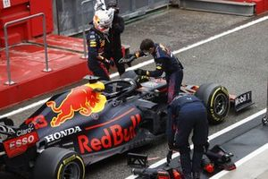 Max Verstappen, Red Bull Racing RB16B,